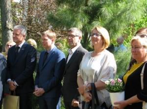 Mus-pasveikinti-atvyko-garbus-sveciai_imagelarge88