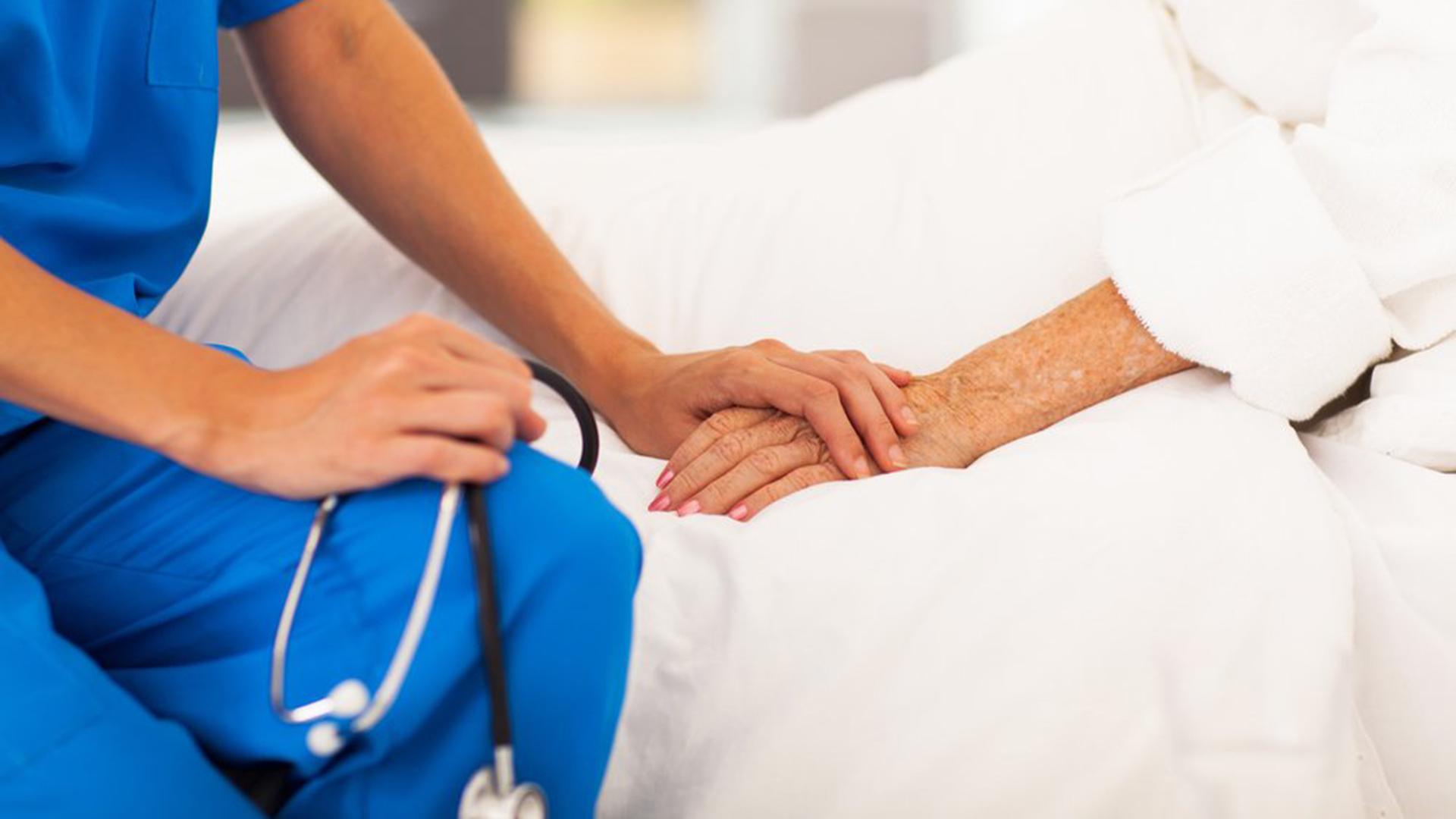 Reikalingi slaugos specialistai
